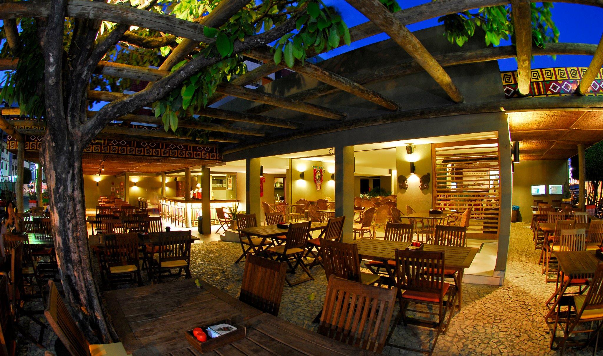Área interna do Restaurante Akuaba em Maceió Alagoas