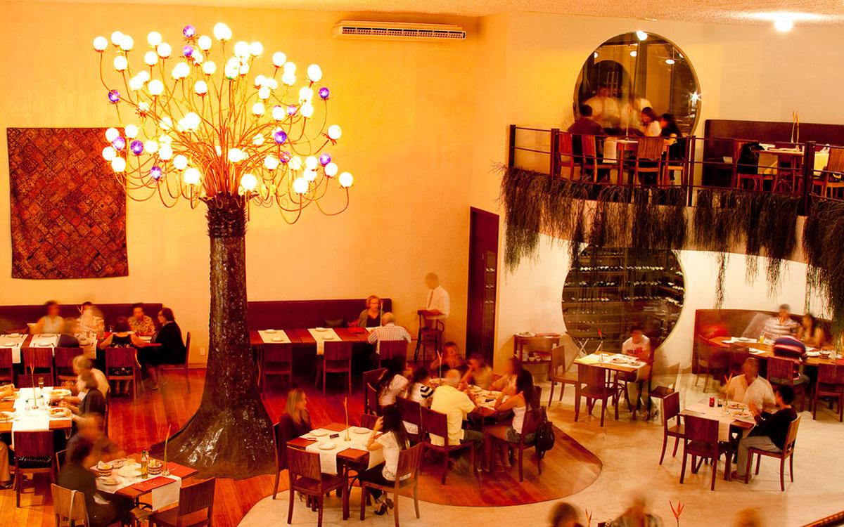 Área interna do Restaurante Maria Antonieta em Maceió Alagoas