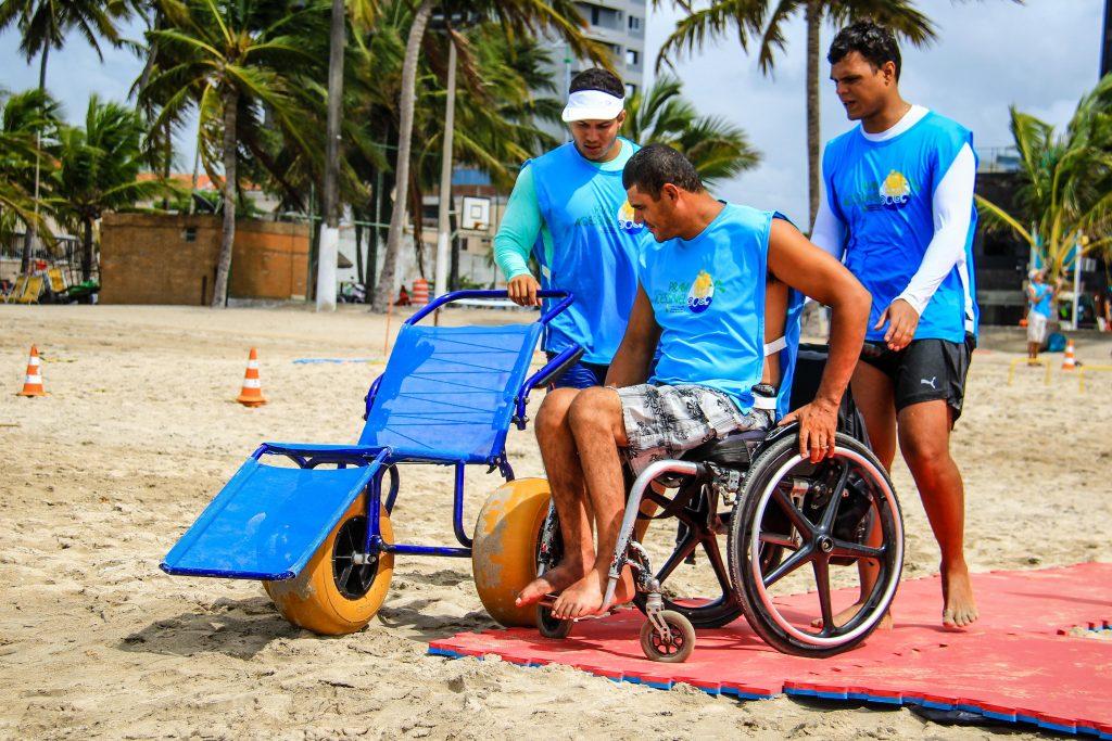 Cadeiras de descanso adaptadas em Maceió, Alagoas