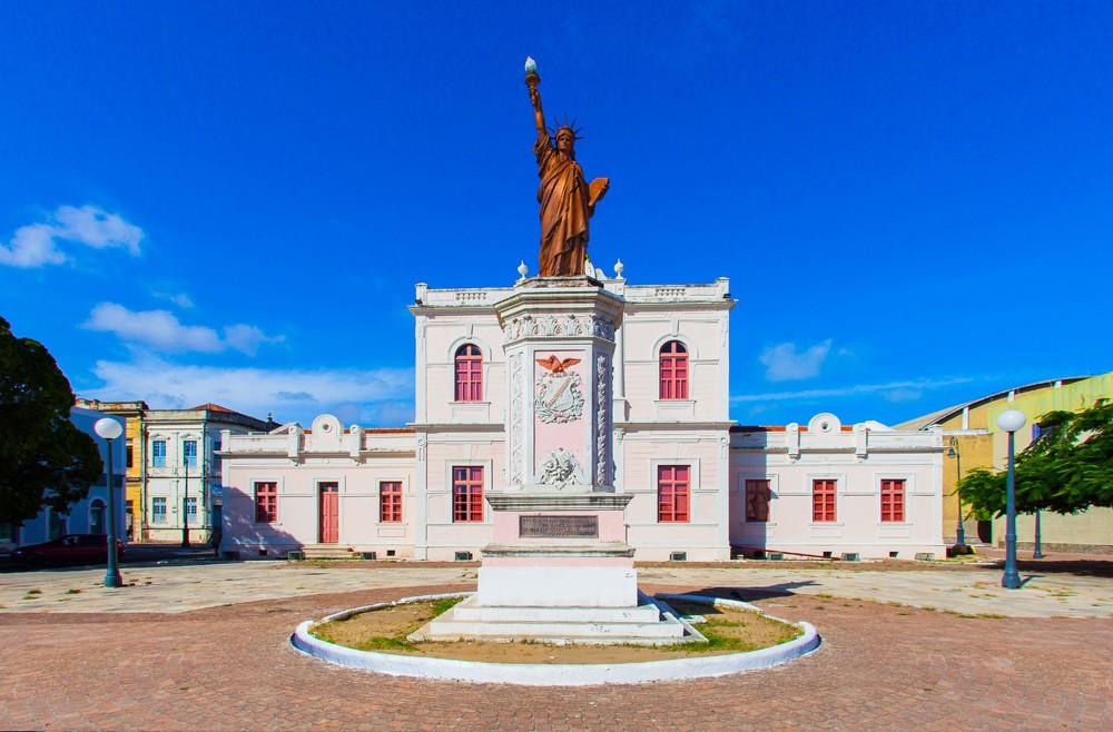 Vista do Museu da Imagem e do Som de Alagoas, no bairro de Jaraguá Maceió