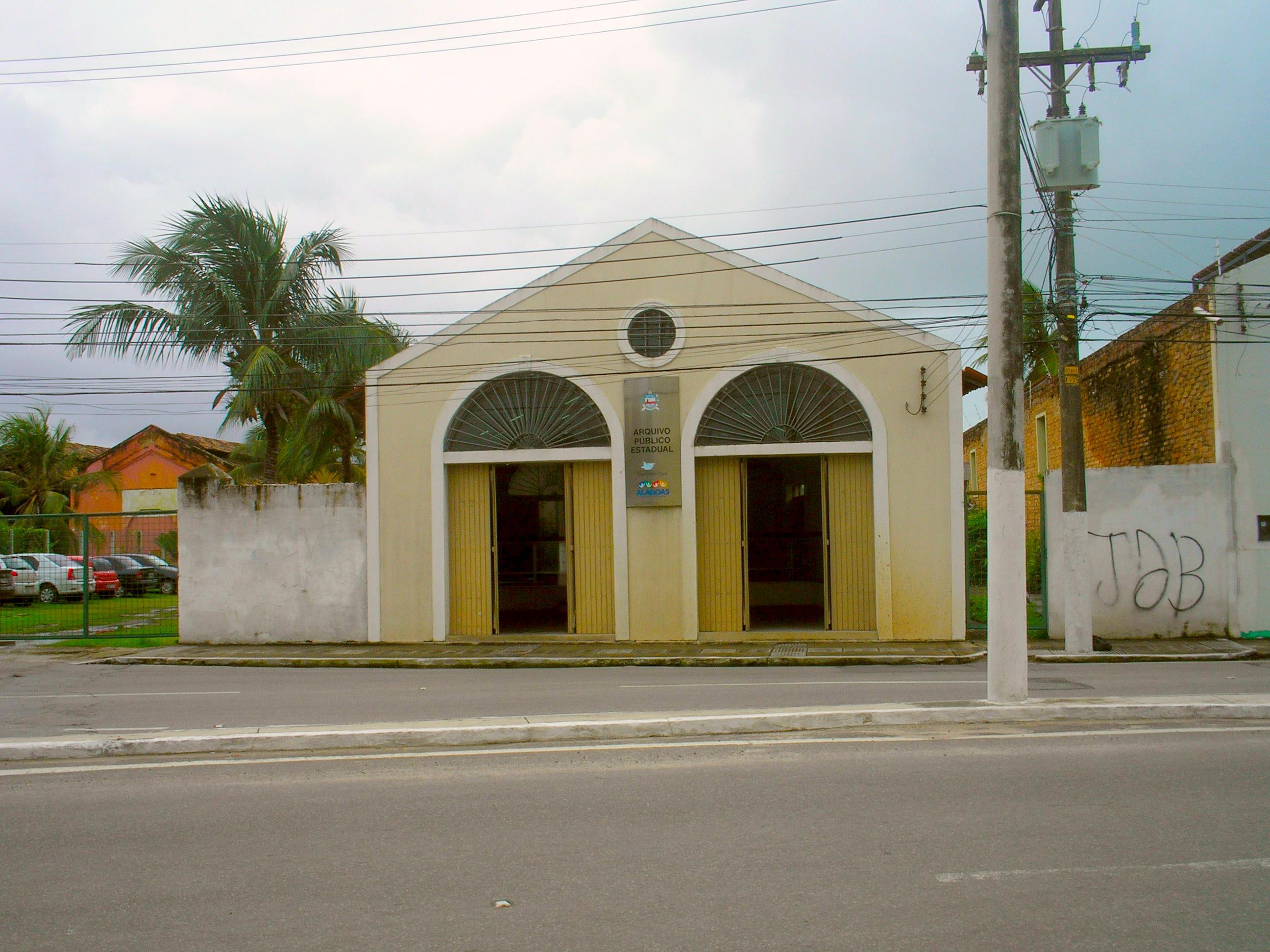 Fachada do Arquivo Público de Alagoas, no bairro de Jaraguá - Maceió