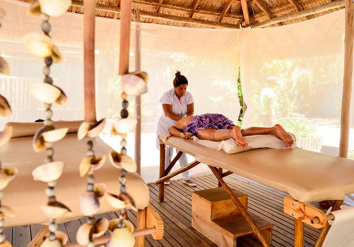 Massagem no Hibiscus Beach Club - Roteiro para casais em Maceió